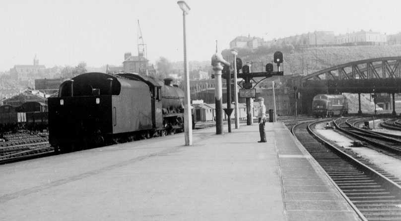 45566 Queensland at Bristol T.M. on 14 May 1961