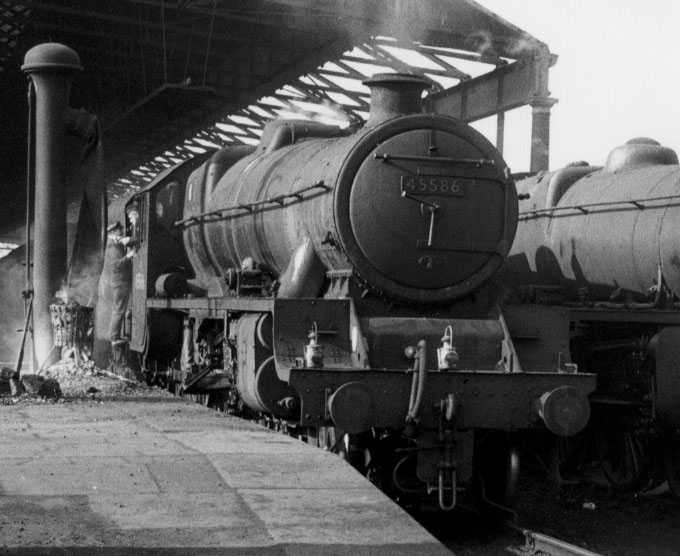 45586 Mysore at Rugby in March 1963