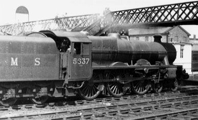 5637 Windward Islands still in LMS livery, at Crewe, 20 May 1948