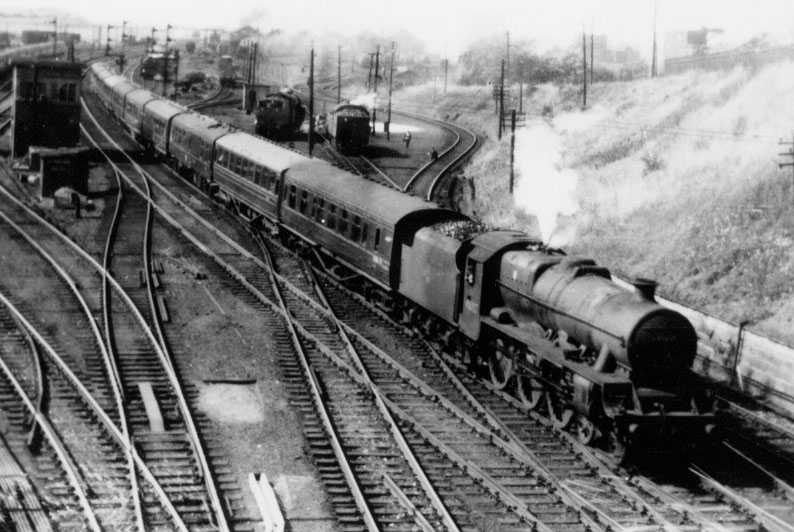 45657 Tyrwhitt passing Kingmoor MPD on 23 June 1961