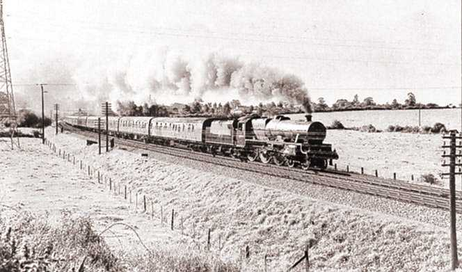 45690 Leander at Westerleigh with a Bristol-Bradford express, May 1959