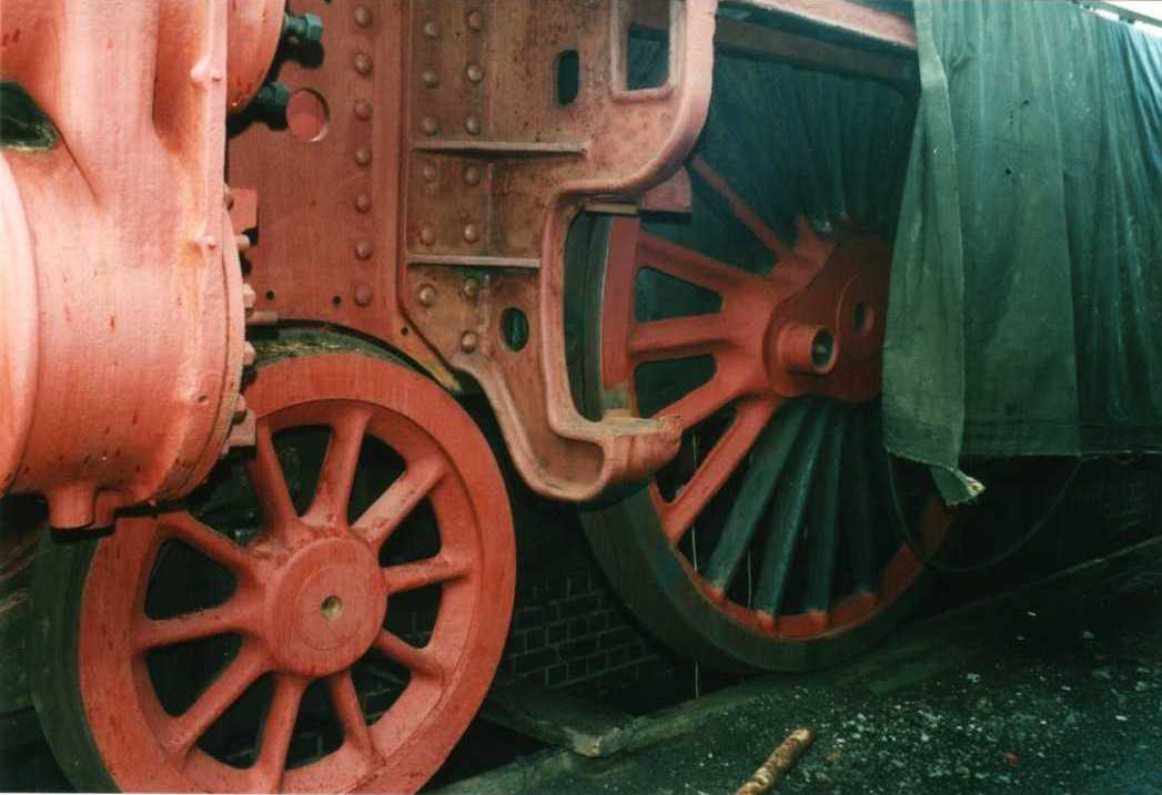 45699 Galatea awaiting restoration at Tyseley in 2001