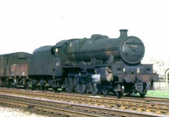 45700 Amethyst passing Sinfin heading south to Birmingham