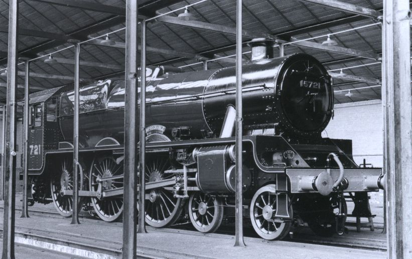5721 Impregnable brand new without a tender, in Crewe paint shop, 16 August 1936