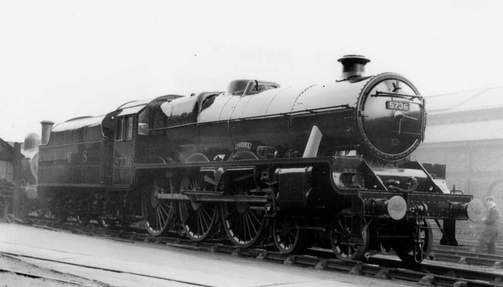 5736 Phoenix at Crewe Works, prior to rebuilding, March 1939